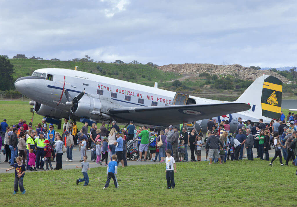 Open Day Entertains 24,000 at Canberra Airport